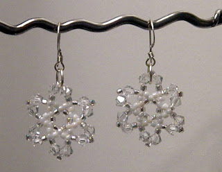 Crystal Snowflake Earrings Beading Tutorial in PDF by zaneymay