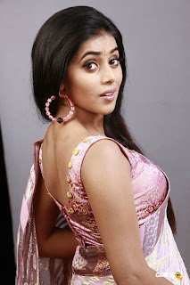 actress poorna shamna kasim hot stills