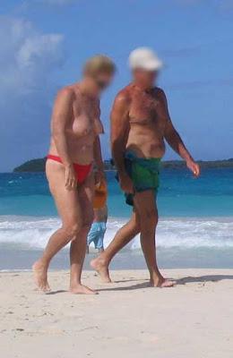 amater milf bikini