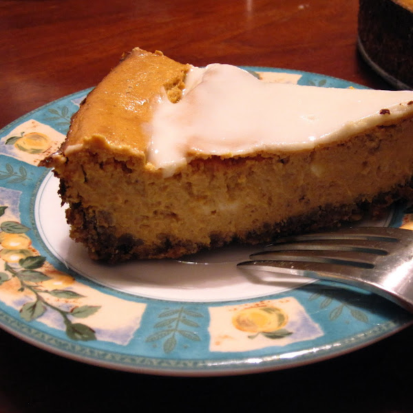 Pumpkin Cheesecake with Gingersnap Hazelnut Crust