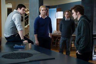 Emmett (Kellan Lutz), Carlise (Peter Facinelli), Jasper (Jackson Rathbone) and Edward (Rob Pattinson) - Twilight 3