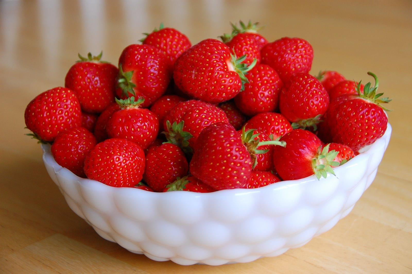 Barefoot And Baking Fresh Strawberry Ice Cream