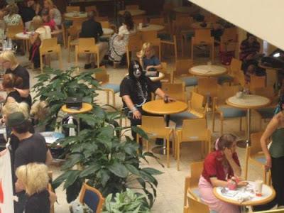 goth-all-alone.jpg