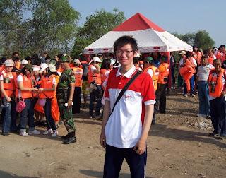 Menanam Pohon Agar Surabaya Adem