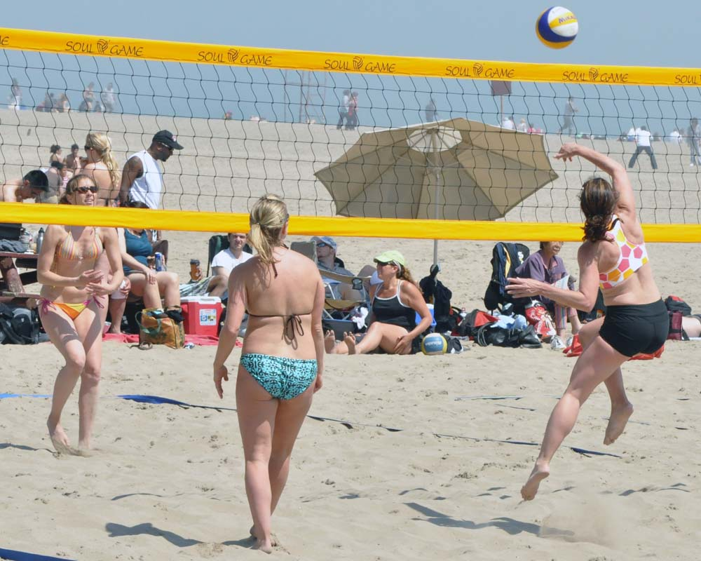 All About Beach Volleyball History   The Power Of Sport