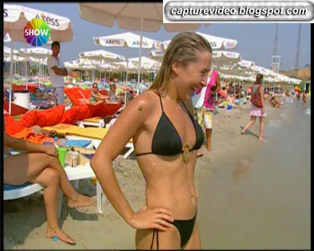pınar aylin bikinili
