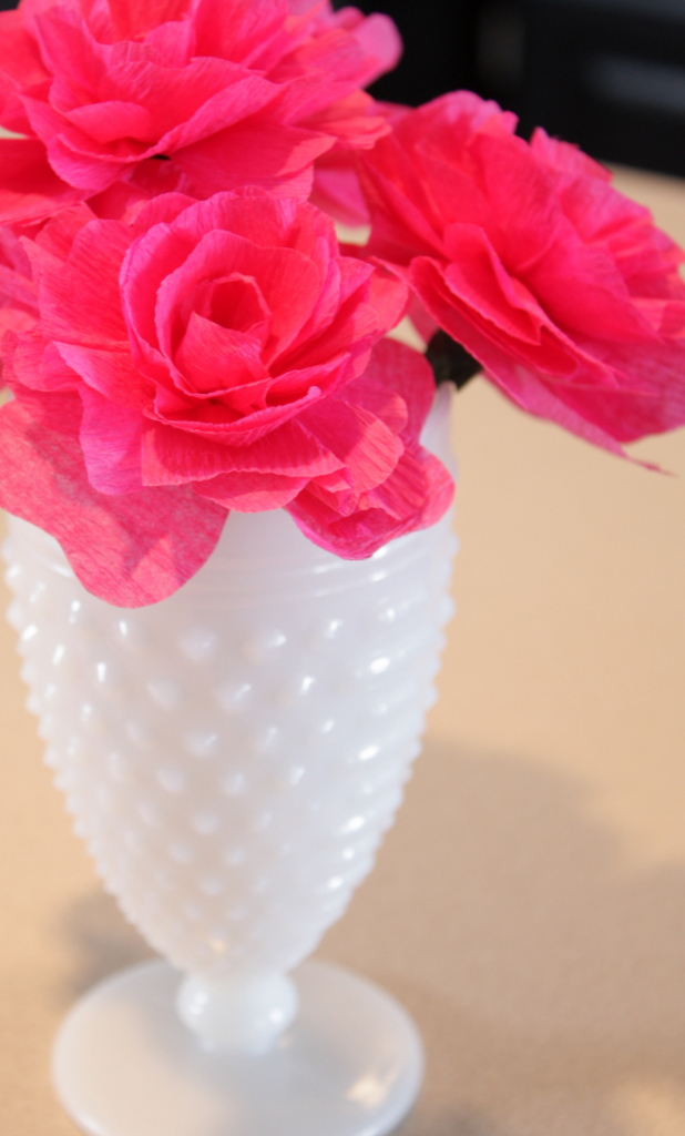 How to use crepe paper wedding decor crepe paper wedding centerpieces with milk glass flowers mightylinksfo