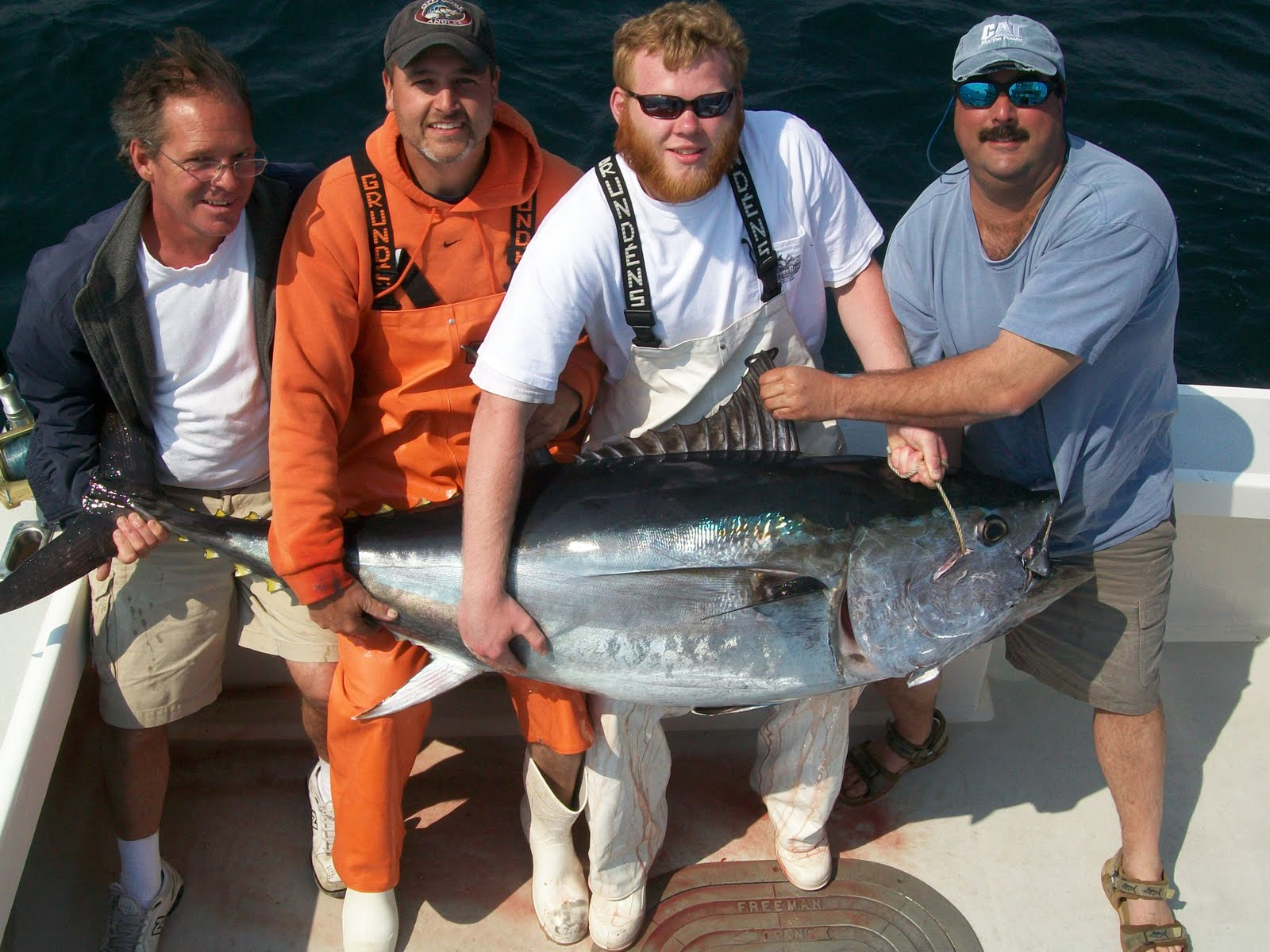 Crimson Tide Charters: Incredible tuna fishing in May - photo#7