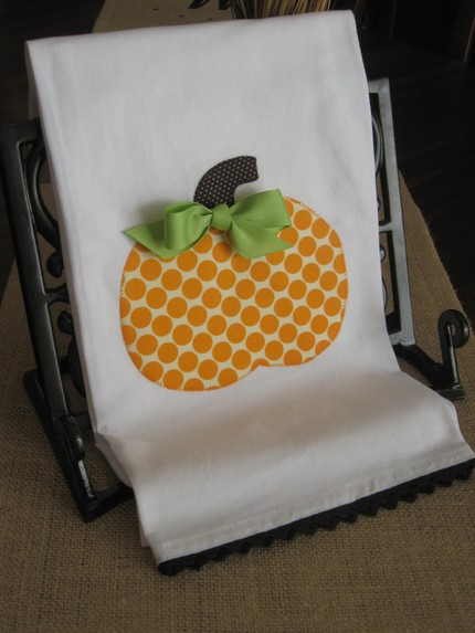 https://i1.wp.com/1.bp.blogspot.com/_8k3EU3usb_I/TKBxl1wvQxI/AAAAAAAAAj0/2kVQ6lJpEws/s1600/dot+pumpkin.jpg