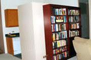 ... ruang pintar pintarlah mencari cari celah dalam rumah ruang
