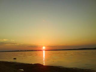 закат на Волге