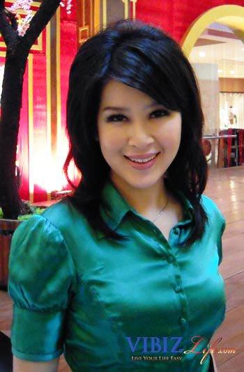 Bokep indonesia wanita cantik ngemut kontol - 3 1