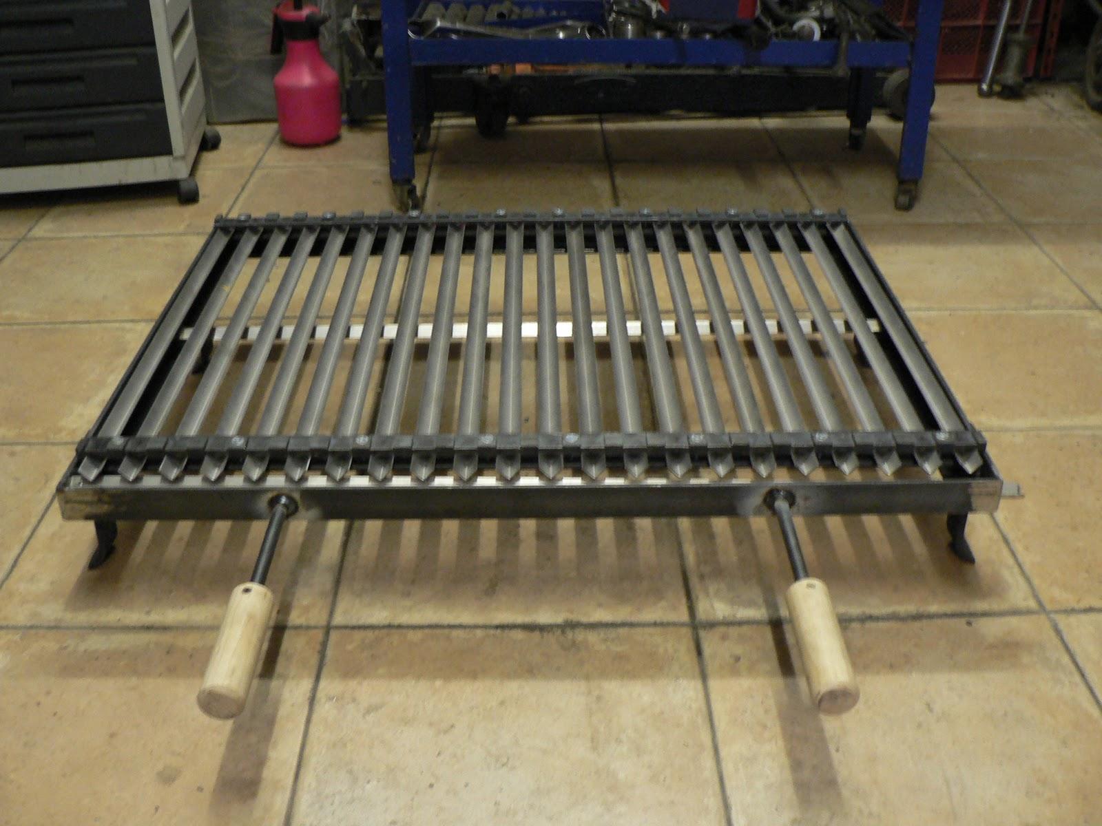 Ferro battuto design contemporaneo griglia per asado for Griglia per barbecue bricoman