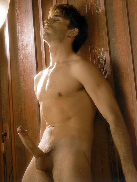 Celebrity All Nude Men Pic
