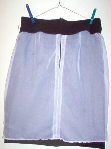 [black+skirt+lining+005.JPG]