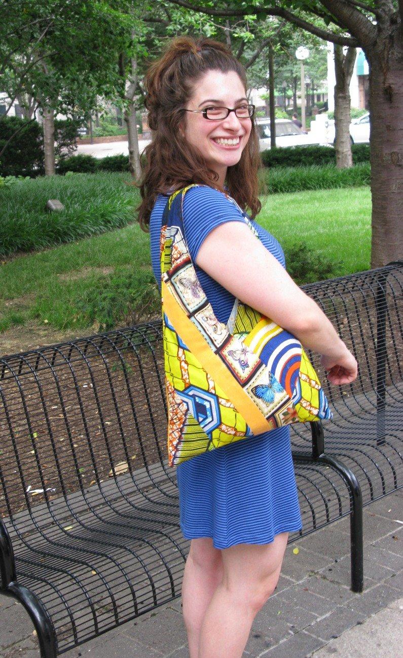 [Laura+bag]