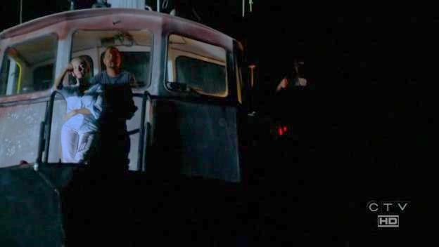 Épisode 9 : Étranger parmi eux - Stranger in a Strange Land Boat+2