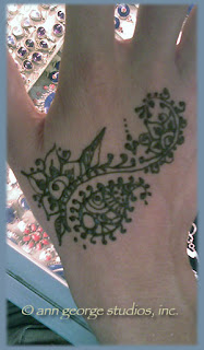 intricate henna tattoo small jewel