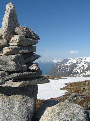 e5aa24f4 Her nermar vi oss toppen, vi er på ca 950 m.o.h no!