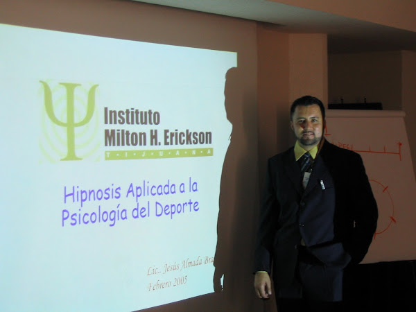 Presentación en el 1er. Congreso de Hipnoterapia Estratégica,  en Oaxaca, Oaxaca, 2005