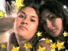 Eliana y una amiga