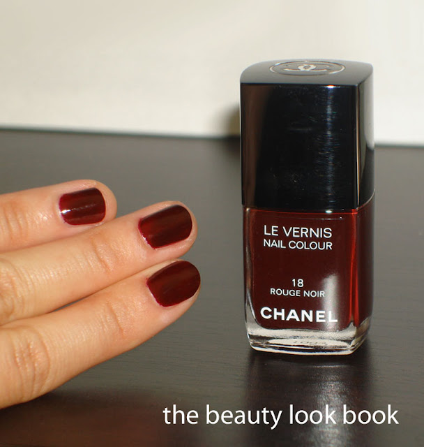 the beauty look book nails of the day chanel rouge noir 18. Black Bedroom Furniture Sets. Home Design Ideas