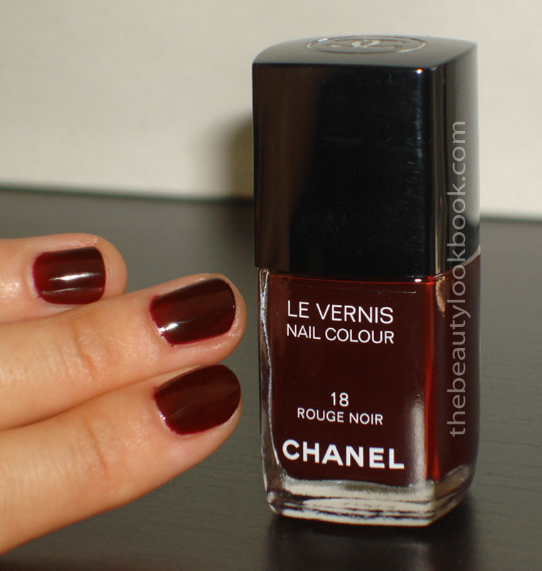 chanel rouge noir le vernis can you dupe it the beauty. Black Bedroom Furniture Sets. Home Design Ideas
