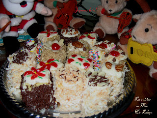 Gateau De Fete De Noel.La Cuisine En Fête De Sakya Petits Gâteaux Mokas De Noël
