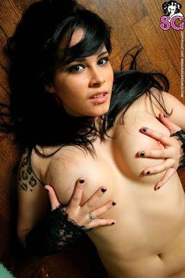jeckyl suicide girl nude