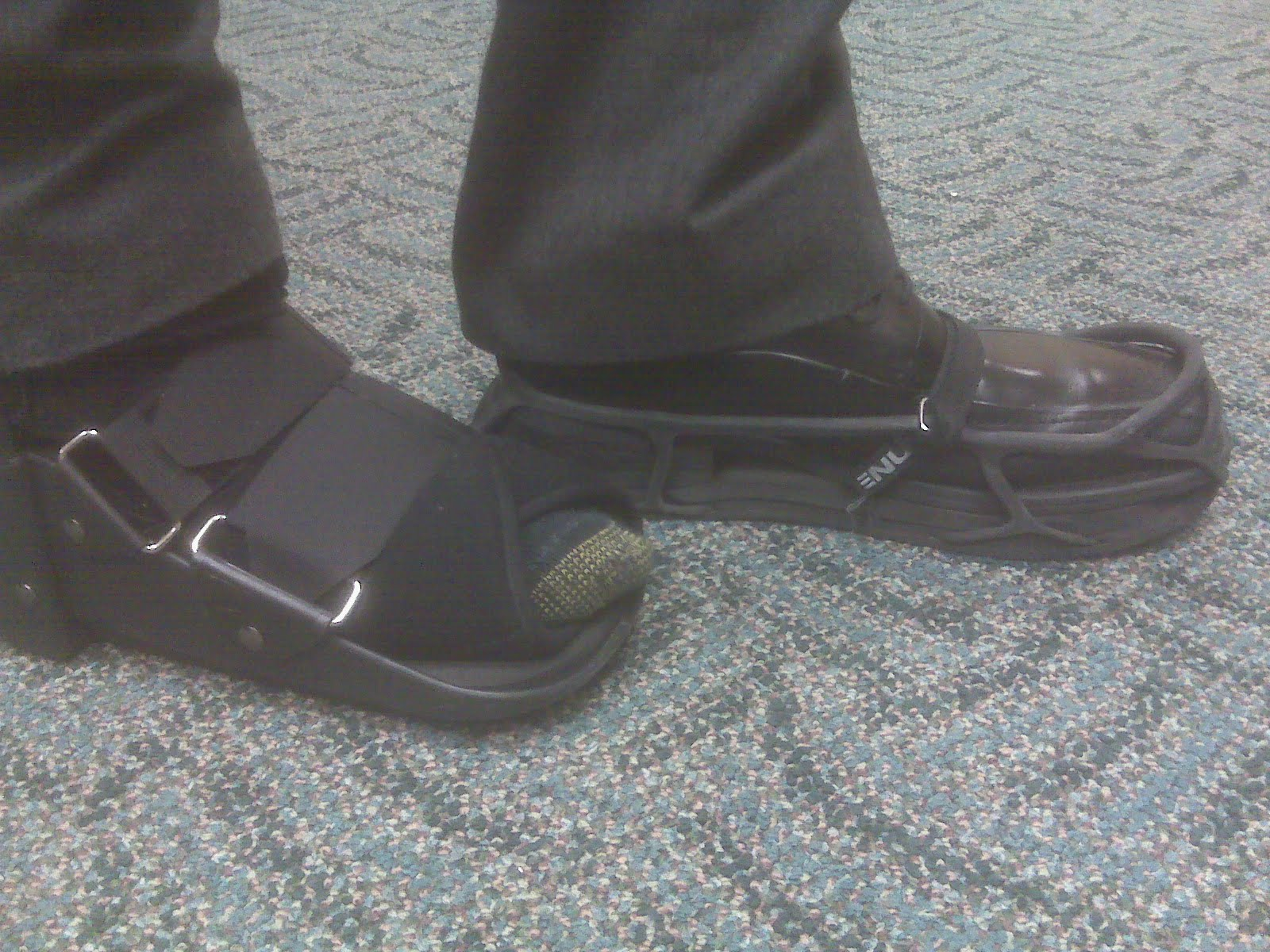 Mens Shoe For Fractured Toe