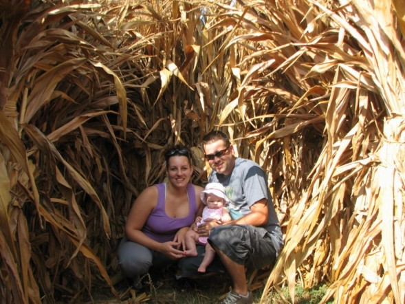 [family+in+maize.jpg]