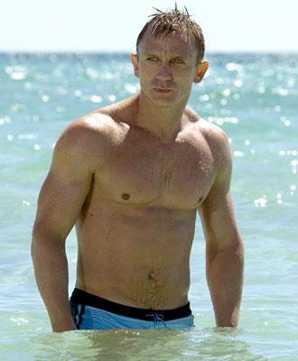 [Daniel_Craig_Continues_as_James_Bond_in_4_Films.jpg]
