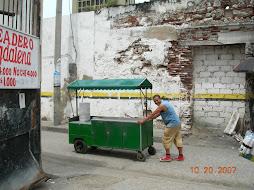 Juanito se va a vender sus patacones