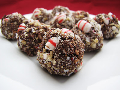 Delicious as it Looks: Chocolate Peppermint Balls