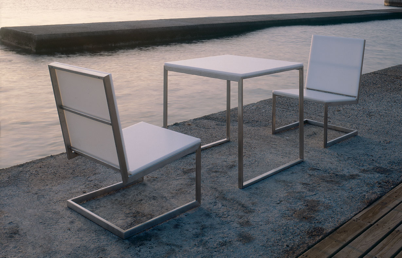 gandia blasco clack chair ikea sofas and chairs sillon bajo luna modern lounge