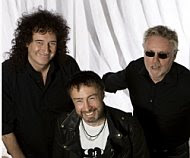 Brian May, Roger Taylor y Paul Rodgers