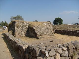 Estructura II del Ixtépete, plataforma oriental.
