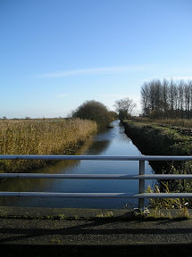 Minsmere New Cut looking towards the sluice