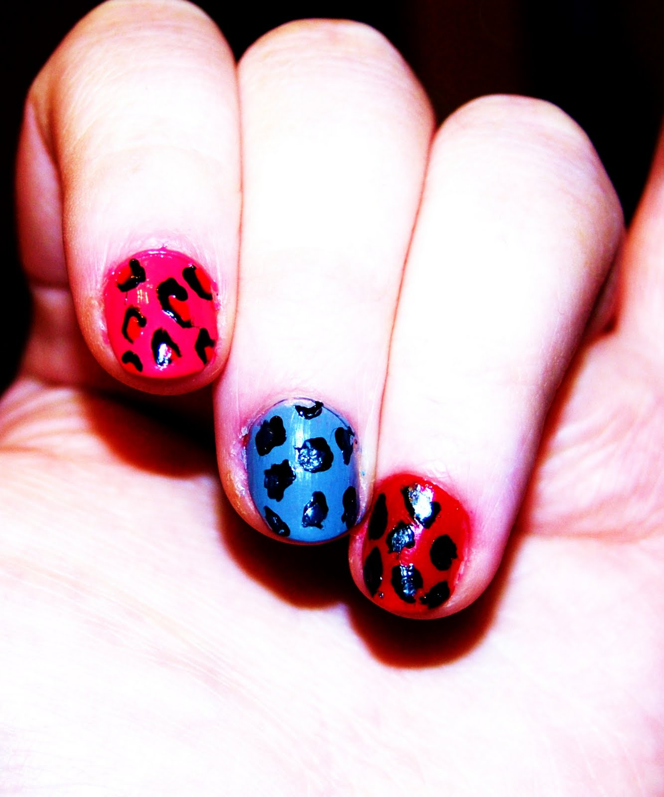 Random Ramblings: Easy Do It Yourself Leopard Print Nails
