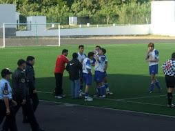 Foto durante o jogo do Luzense com o Boavista da Ilha Terceira - foto Velas de São Jorge