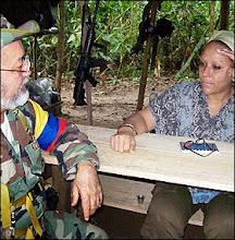 REUNION RAUL REYES Y SENADORA PIEDAD CORDOBA