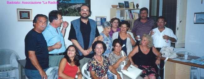 """2001. Incontro con l'Associazione Culturale """"La Radice"""" di Badolato"""