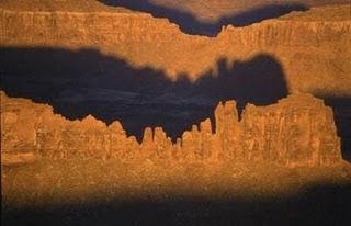 Roca con Sombras