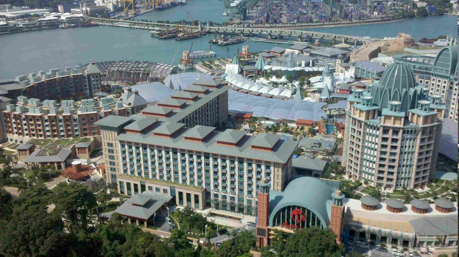 Resorts World Sentosa: Top View Photos