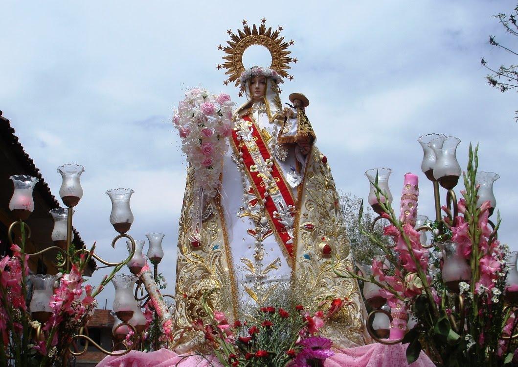 http://1.bp.blogspot.com/_9x5yM8KjMoo/TM7qnhg-w8I/AAAAAAAAdRA/MmwR6w99RMg/s1600/NALO+ALVARADO+BALAREZO+1046.jpg