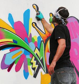 https://1.bp.blogspot.com/_A3tk-adQ_P4/SP4JtZsFqtI/AAAAAAAAAJU/-38zlr5FcDU/s320/Graffitis_38.jpg