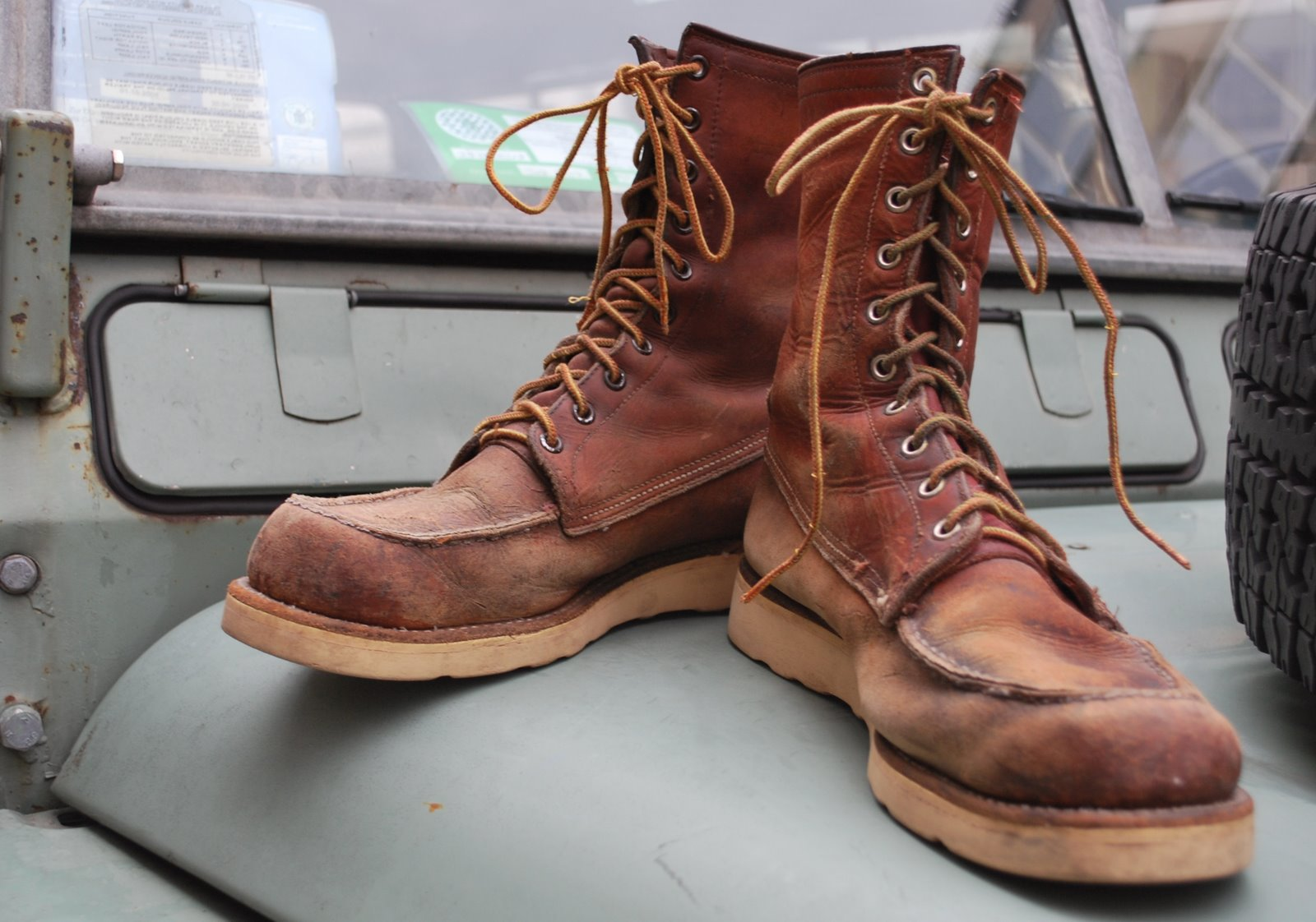 Red Wing #875 and #877