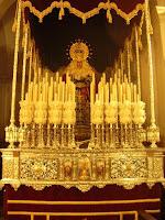 La Virgen de Fe y Caridad ya se encuentra sobre su paso