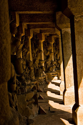 Posted by Vibha Malhotra: Chausath Yogini Temple - Jabalpur : Row of idols