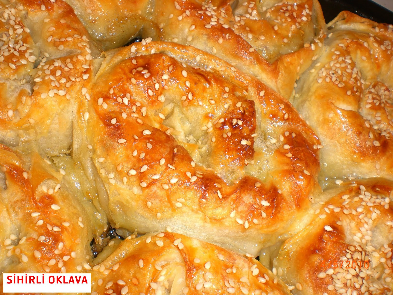 Peynirli Çıtır Gül Böreği Tarifi